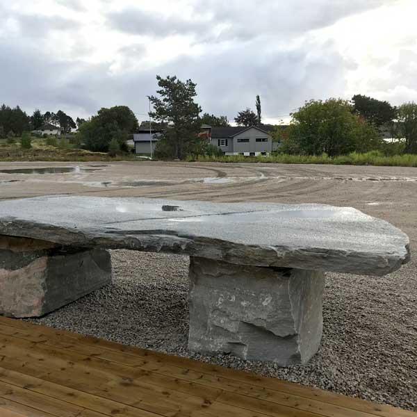 Steinbord fra Sætergård